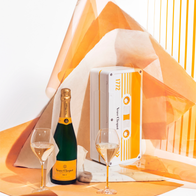 Veuve Clicquot yellow tape box limited edition 750ml