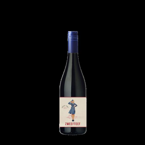 Apéro in eigen bubbel rode wijn box met Mary white wodka en Fever Tree tonic